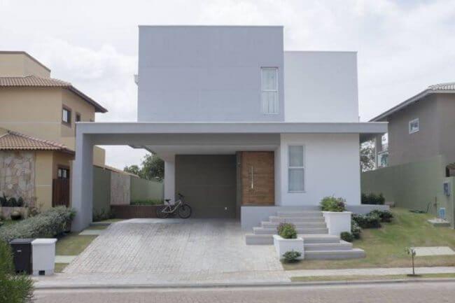 casa con decoración exterior de pulido