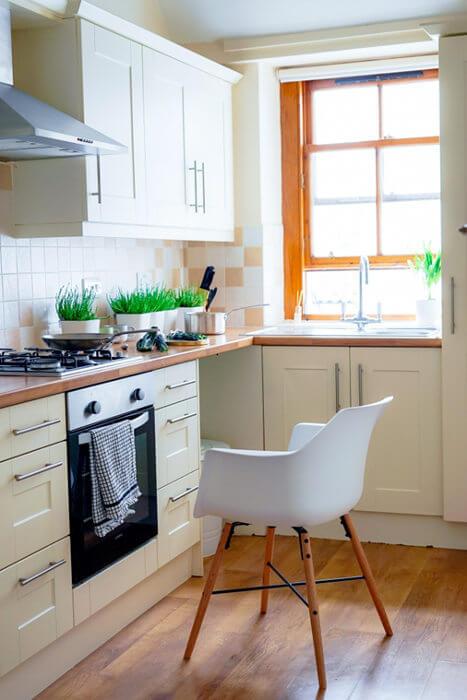 cocina blanca y madera muebles