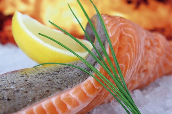 pescado con anisakis